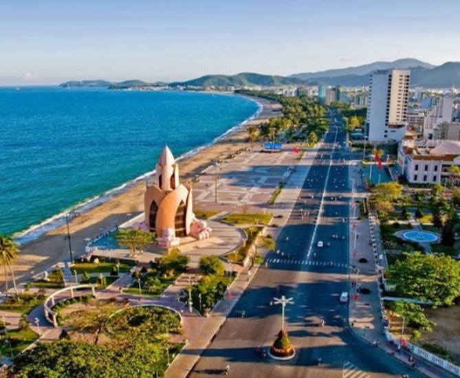 """Tổng hợp các trang nhà đất tại  """"mảnh đất vàng"""" ngành du lịch Khánh Hòa"""
