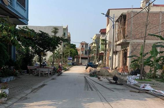 🍀💰Cần bán lô đất làn 2 đường 36 xã Phượng Mao