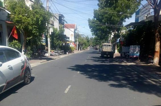 🔔 🔔Nhà cấp 4 đường ĐỐNG ĐA, Kon Tum